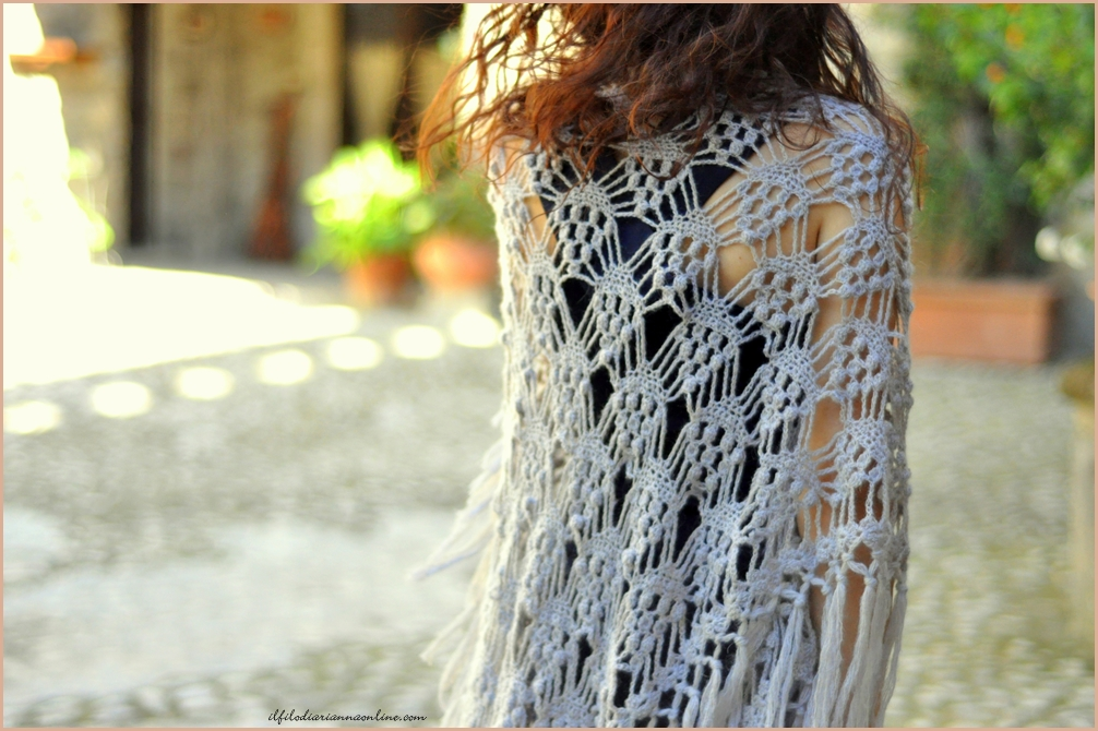Scialle Triangolare In Lana Mohair